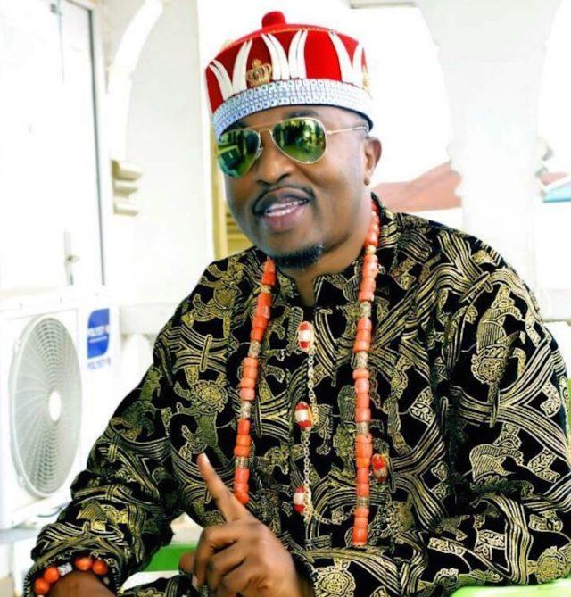 ROYAL RUMBLE: 15 Osun monarchs demand Oluwo's suspension
