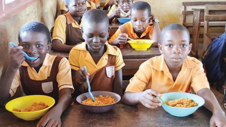 Worry, as FG spends N679m daily on feeding schoolchildren