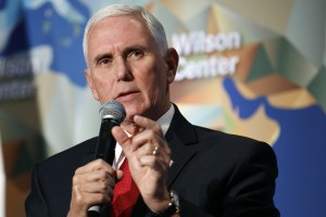 Coronavirus: Trump names VP Pence to lead response