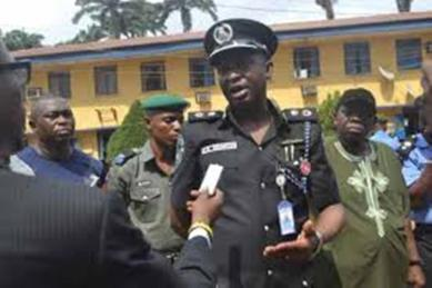 Gridlock: Lagos Commissioner of Police deploys 1000 policemen to control traffic