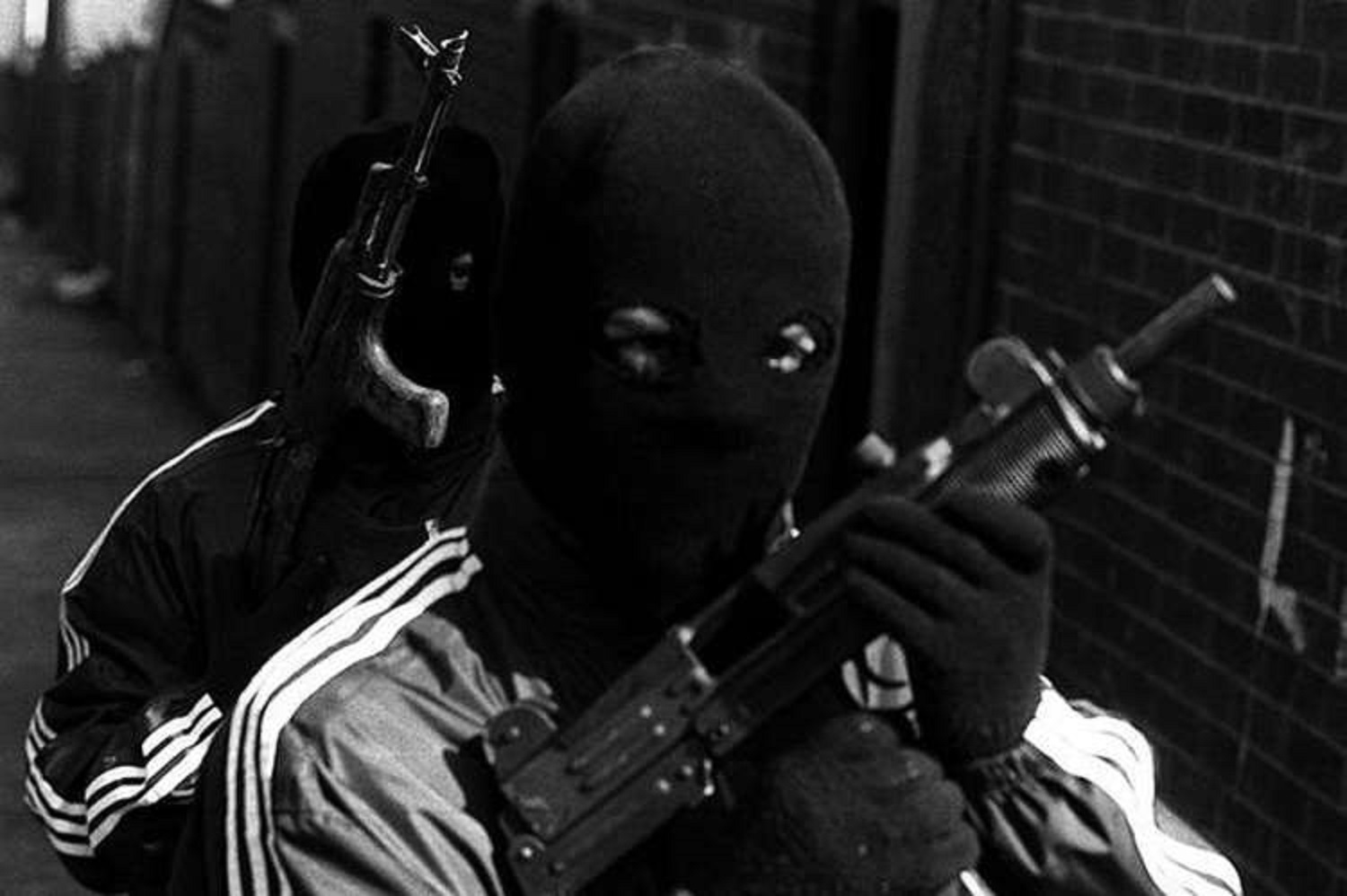 75-yr-old sustains injury as masked gunmen shoot PDP supporters in Akoko-Edo