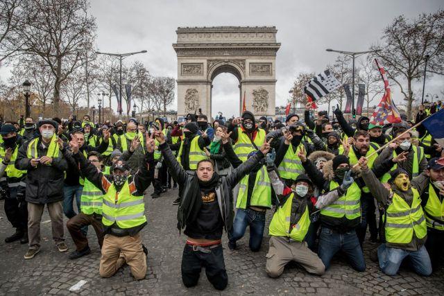 Macron, Pension reform, France