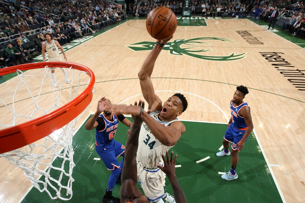 Giannis Antetokounmpo promises nothing after leading Bucks to the 12th consecutive victory