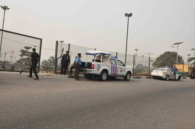 PHOTOS: Police barricade Gani Fawehinmi Park venue of Amotekun rally in Lagos