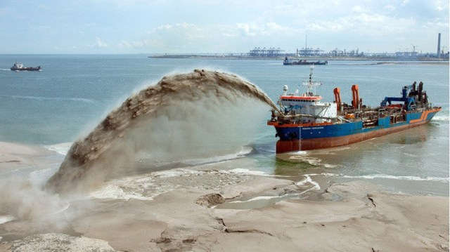 Lagos govt arrests 14 over illegal sand dredging