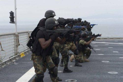 Illegal bunkering: Navy siezes vessel, arrests 5 suspects in Akwa Ibom