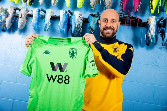 Reina joins Aston Villa on loan from AC Milan