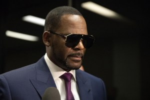 R. Kelly, Charges