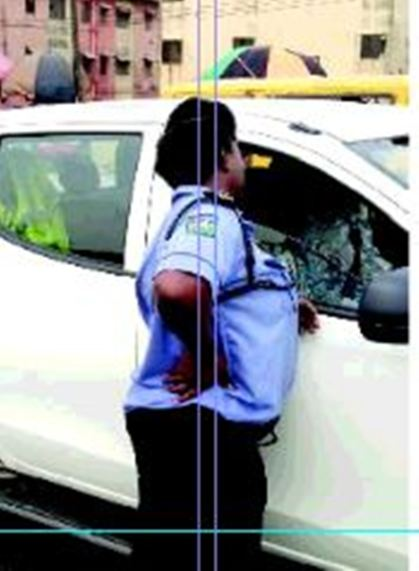 Encounter with female police officer harassing motorists in Lagos