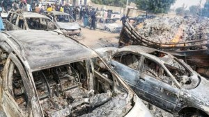 Nigeria militants burn to death motorists as they sleep in their cars