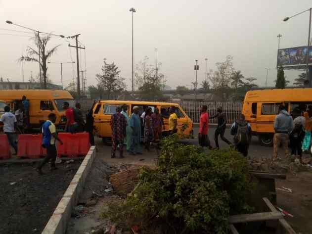 Lagos: Danfo drivers cash in on Okada ban, hike fare