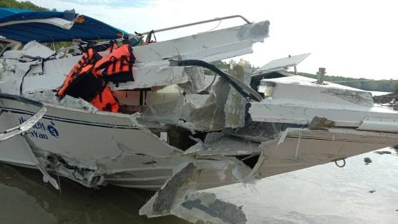 Two Russian children die in Thai tourist boat crash