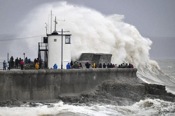 UK hit by hurricane-force winds, 'life-threatening' floods