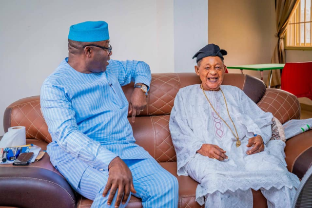BREAKING: Fayemi visits Alaafin of Oyo (PHOTOS)