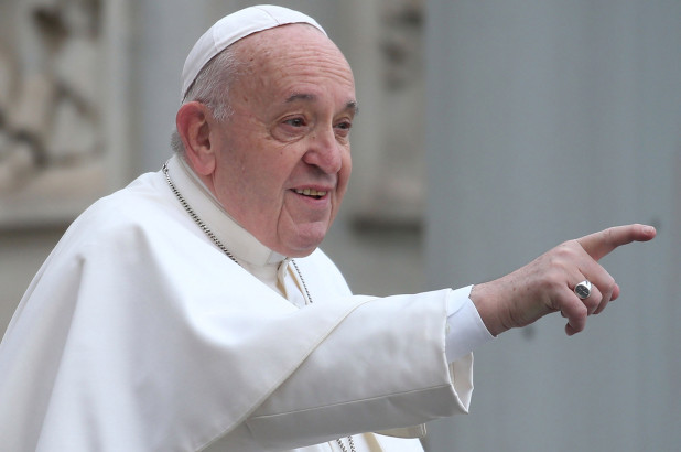 Pope to lead prayer for virus' end in empty St. Peter's Square