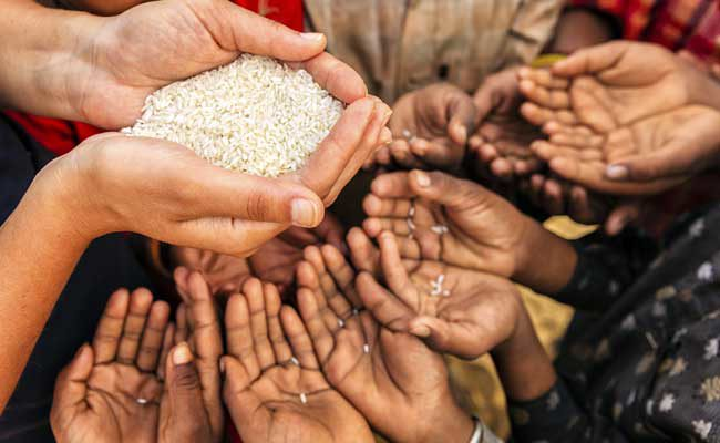 United Nations food agency: Global hunger could double