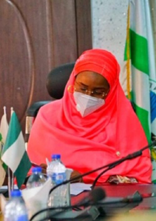 Lockdown: FG delivers 110 trucks of grains to Kano