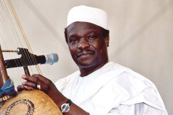 Guinean singer, Mory Kante, part of 1980s African wave, dead