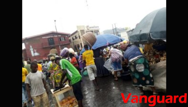 Day1 easing of Lockdown: Lagos residents flood roads, ignore social distancing