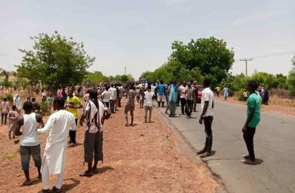 Protesting coronavirus patients