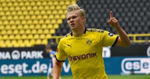Normal service resumes as Haaland and Dortmund thrash Schalke in Rivierderby