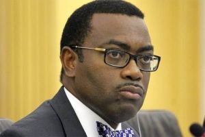 Buhari hails AfDB President, Akinwunmi Adesina on clearance by Independent Panel