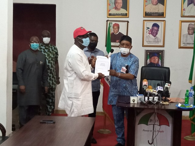 Breaking: Obaseki, Shaibu receive PDP certificates of return, flag