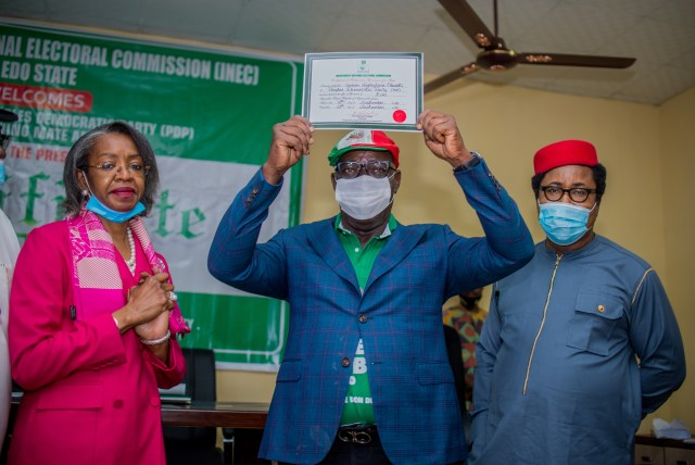 Obaseki receives Certificate of Return, extends olive branch to Oshiomhole, Ize - Iyamu APC