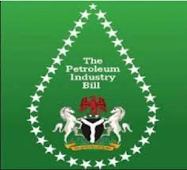 PIB: Traditional ruler calls for collaboration with FG
