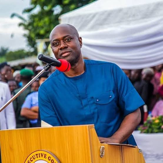 Makinde leads 'Democracy Walk' in Ibadan, says things not totally bad for Nigeria