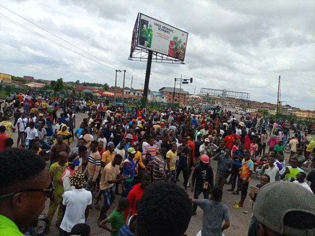 #EndSARS: Commercial activities down in Osogbo, Ife as protesters take over
