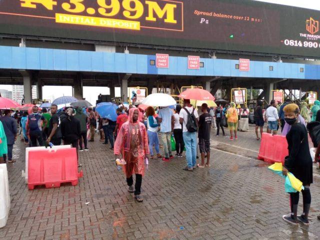 Food, water, drinks supplied to Lekki #ENDSARS protesters