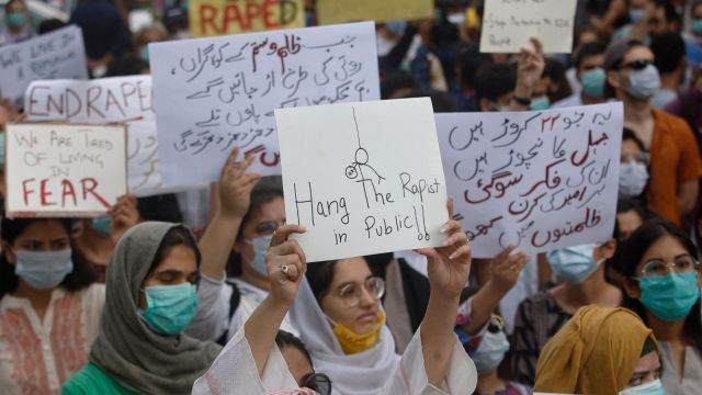 Ban on coverage of mother's gang rape, causes outrage in Pakistan