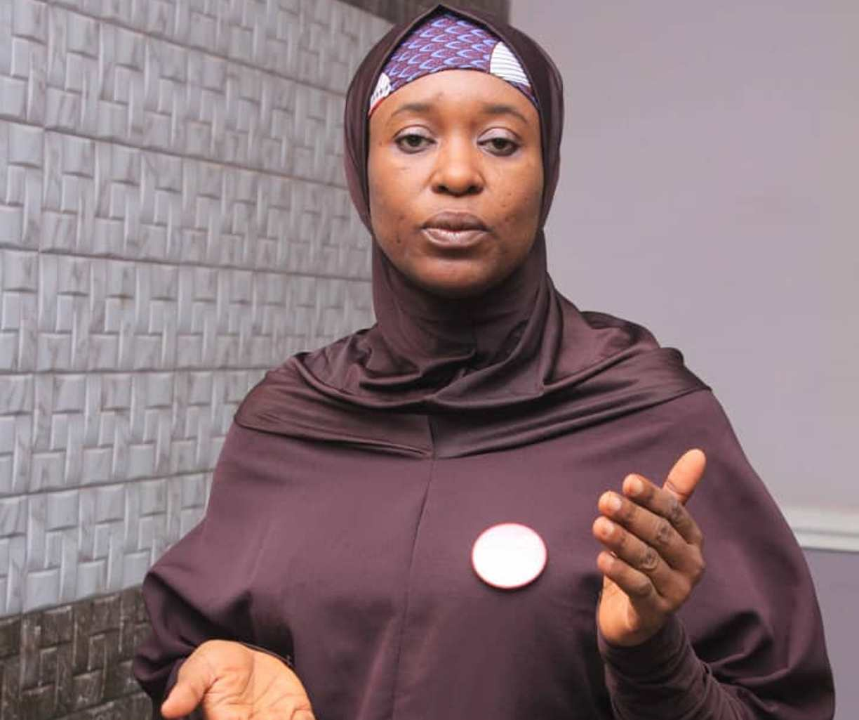 ENDSARS CLAMPDOWN: The police promoted officer accused of torturing someone to death — Aisha Yesufu
