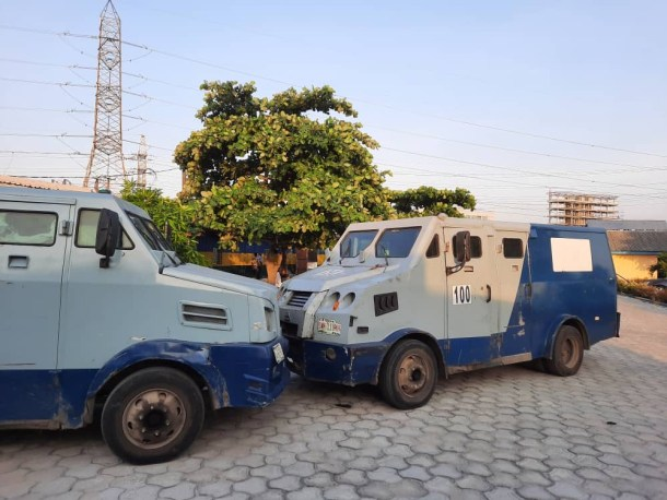 Lagos police impounds two bullion vans over inadequate security