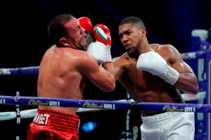 ICYMI: Anthony Joshua humbles Kubrak Pulev in 9 rounds (VIDEO)