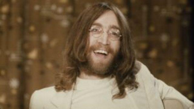 Imagine: John Lennon killer waited for police to arrest him while reading a book