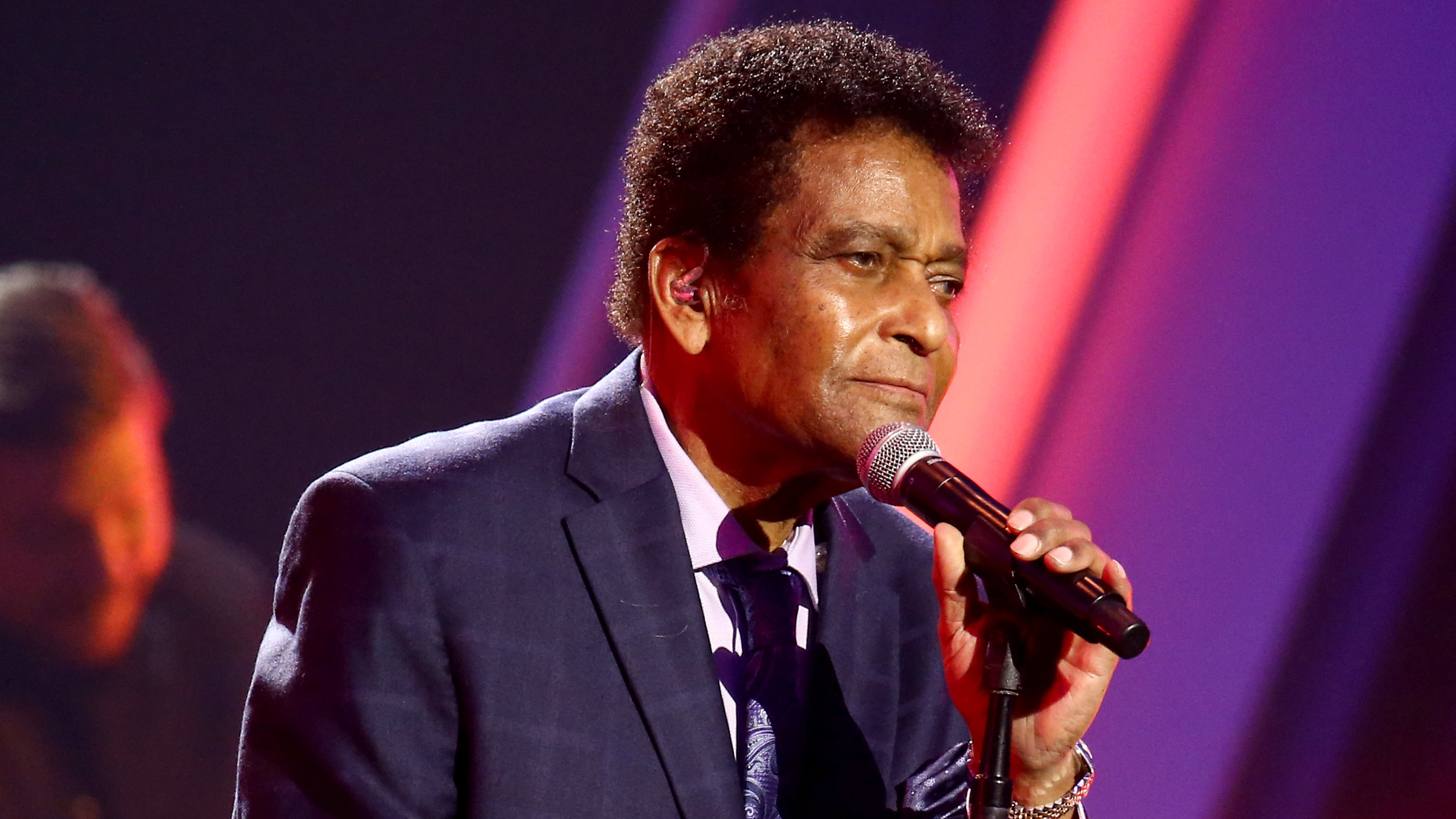Country music legend Charley Pride dies from COVID-19
