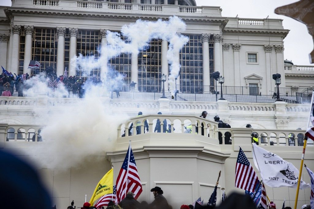 Pope condemns storming of the Capitol in Washington