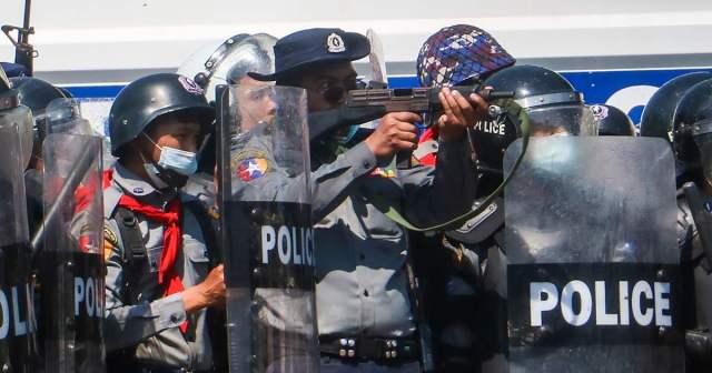Amnesty International condemns attacks on journalists in Myanmar