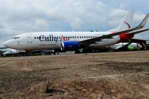 Ayade takes delivery of 2nd Boeing 737 aircraft for Cross River airline