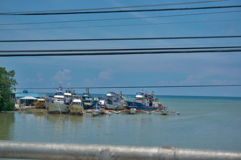 THE PHILIPPINES – A BACKPACKER'S GUIDE - Little harbour