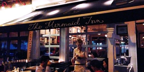 THE MERMAID INN – NEW YORK CITY, NY – USA - The terrasse at the restaurant