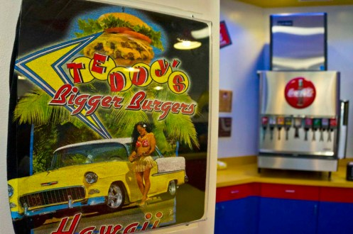 Teddy's Bigger Burgers - Hawaii - 50s theme