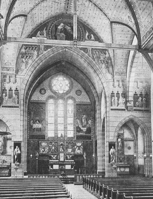 De schilderingen van Kees Dunselman (na 1903) in de onze Lieve Vrouwe Hemelvaartkerk van Oude Tonge (Goeree-Overflakkee), ontworpen door Joseph Cuypers (1897-1898).