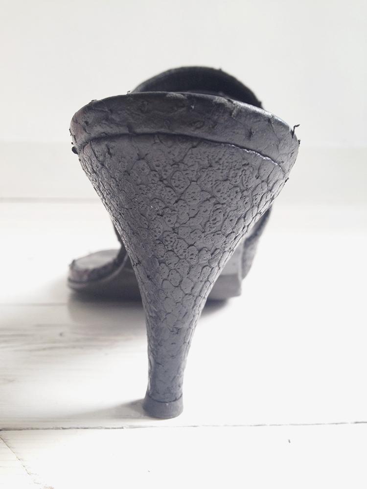 second hand A.F. Vandevorst black snake mules