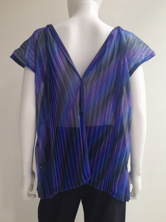 Issey Miyake Fete purple pleated transformable top