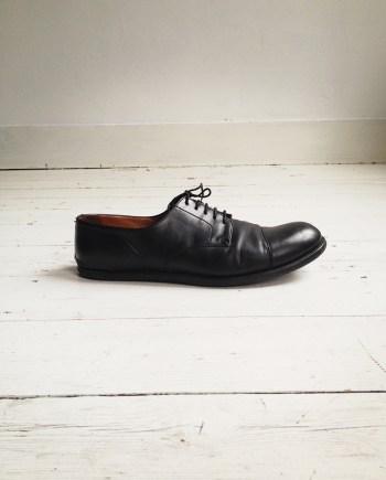 Maison Martin Margiela black heel-less oxfords (40) — spring 2000