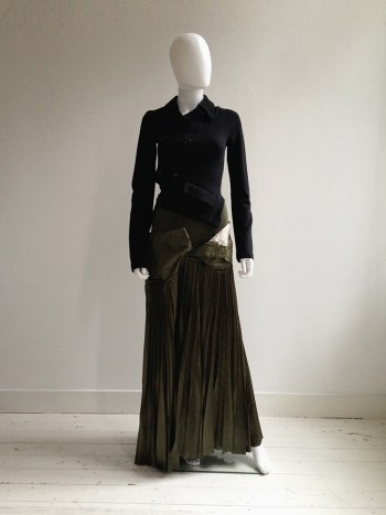 Junya Watanabe deconstructed green pleated skirt — fall 2010