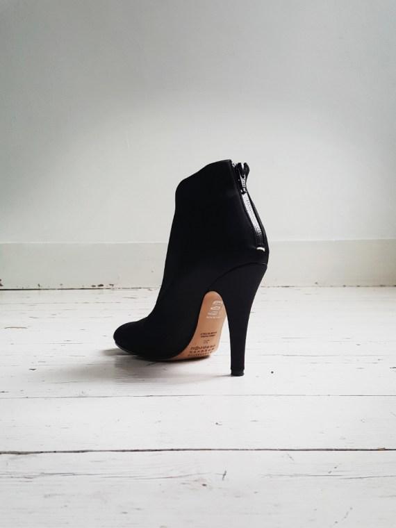 Maison Martin Margiela black satin tabi boots 3038_001